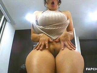 Pretty Big Booty Mommy Pussy Fingering