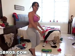 BANGBROS - Fat Bootie Cuban Lady Angelina Cleans Coupled with Gets Smashed!