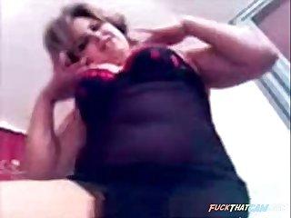 Arabian Milf on cam show her amazing body
