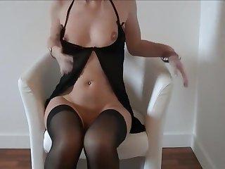 naomi black lingerie