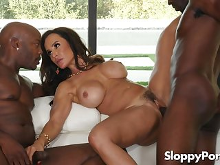 Popular MILF pornstar Lisa Ann Interracial Gangbang