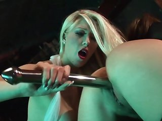 Brutal sex down at the strip bar for two dolls