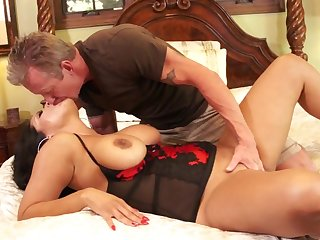 Eating her milf ass and pussy before they fuck