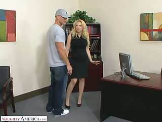Posh blond female chief Kagney Linn Karter fucks new employee right on the table
