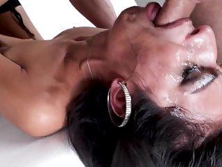 Arab milf sucks in endless scenes until jizzed hard