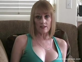 Mature busty flaxen-haired girlfriend begs up sucks my obese blarney