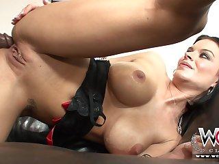 Bootie Having Intercourse - Bailey Brooks