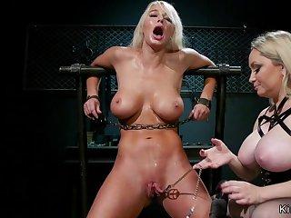 Naughty lesbian Milfs anal sex fisting lezdom
