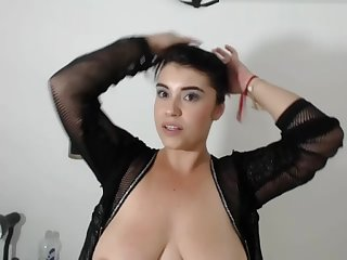 BIG NATURALS MILF IS PLAYFUL WEBCAM ONE